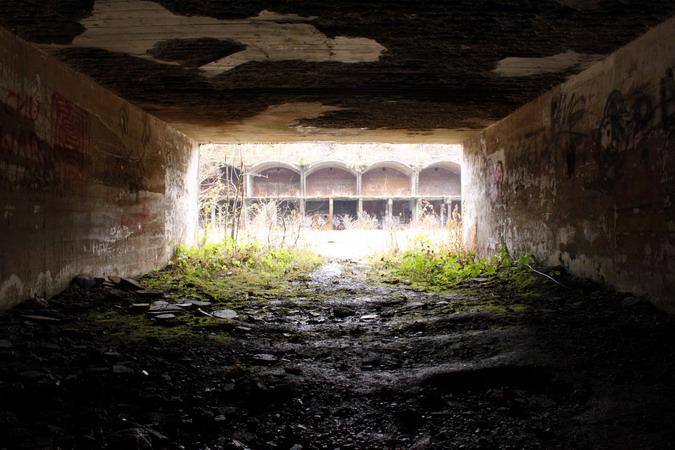 Narrow gauge railway tunnel portal, looking towards the galleries