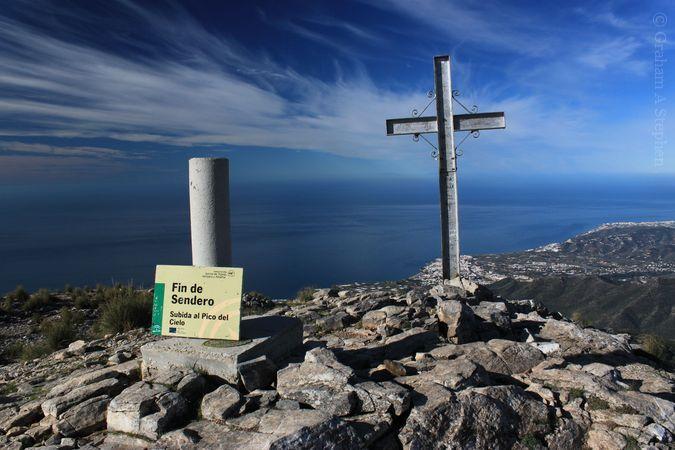 Find de Sendero.  Subida al Pico del Cielo (End of the path.  Climb of Heaven's Peak.)