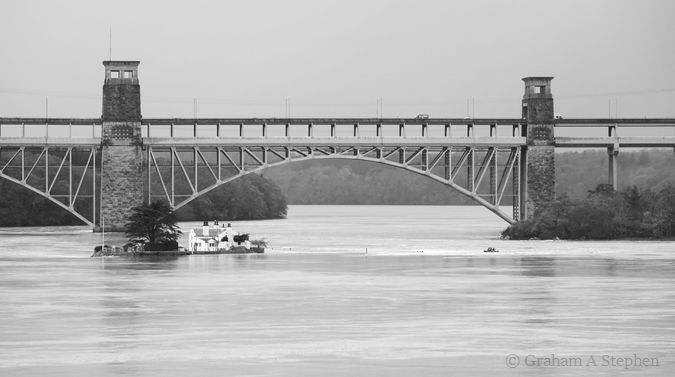 Ynys Gored Goch and Britannia Bridge