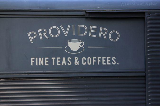 Providero.  Fine  Teas & Coffees.