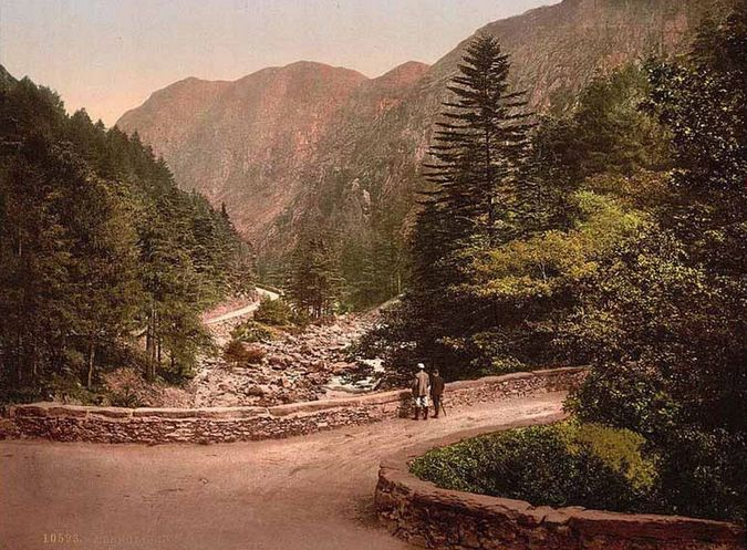 'Aberglaslyn Pass'. Library of Congress collection of Views of landscape and architecture in Wales c. 1890-1900, photochrom prints (a lithographic process producing colourised images from black and white photographic negatives).